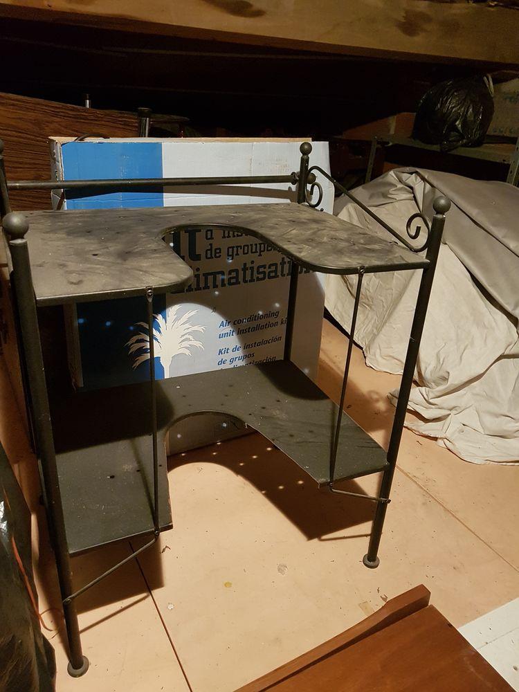 table formica et étagère sous lavabo 30 Saint-Brès (34)