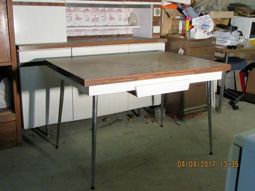 Table Formica 100 Crespian (30)