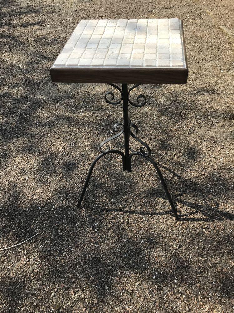 Table Gueridon en pierres naturelles  55 Paris 20 (75)