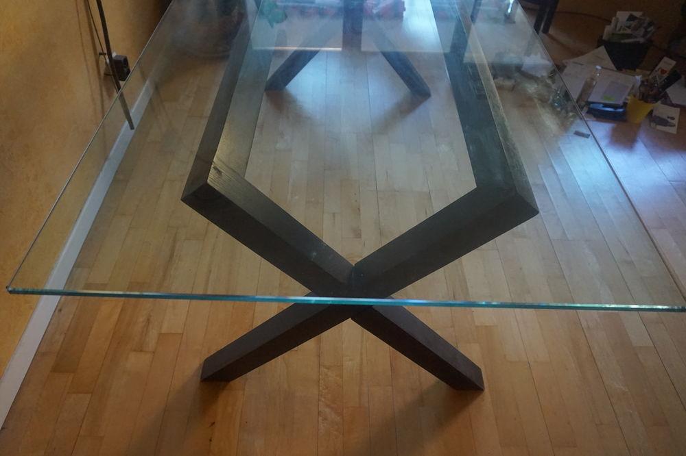 Table Habitat  Dublin  Plateau en verre. 180 x 82. Très bon 350 Villeurbanne (69)