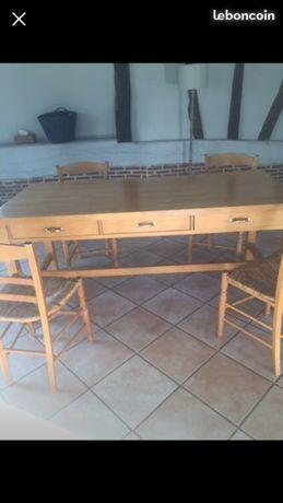 Table HABITAT en hêtre massif 0 Quincampoix (76)