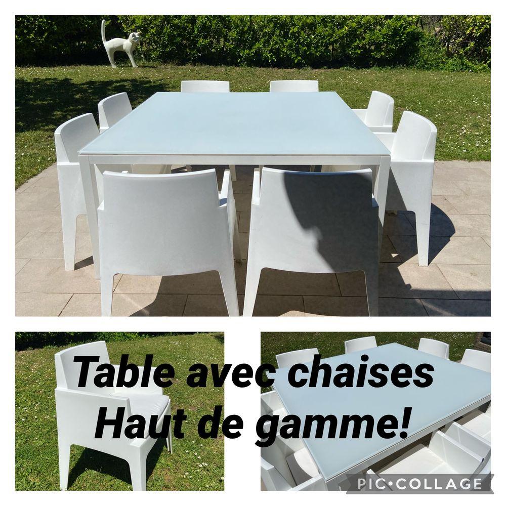 Table haut avec 8 fauteuils / chaises DESIGN 850 Maisons-Laffitte (78)