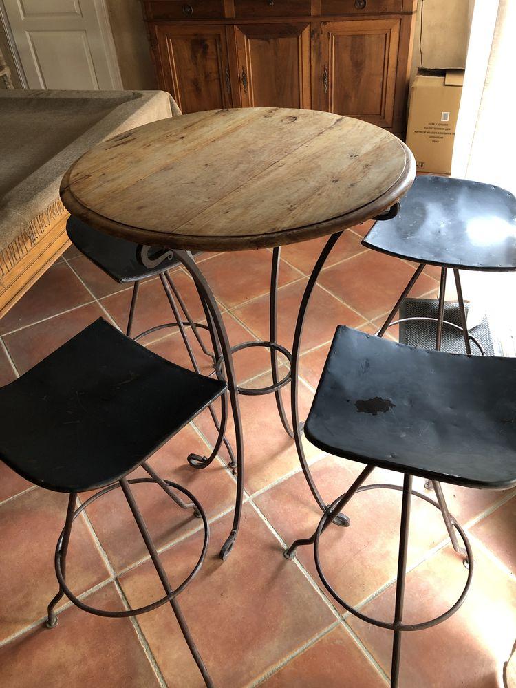 table haute fer et bois, 4 tabourets 520 Carcassonne (11)