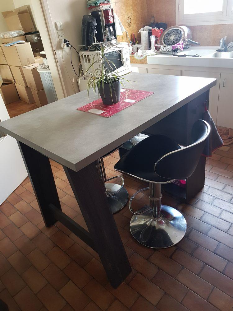 Achetez Table Haute Quasi Neuf Annonce Vente A Mardie 45