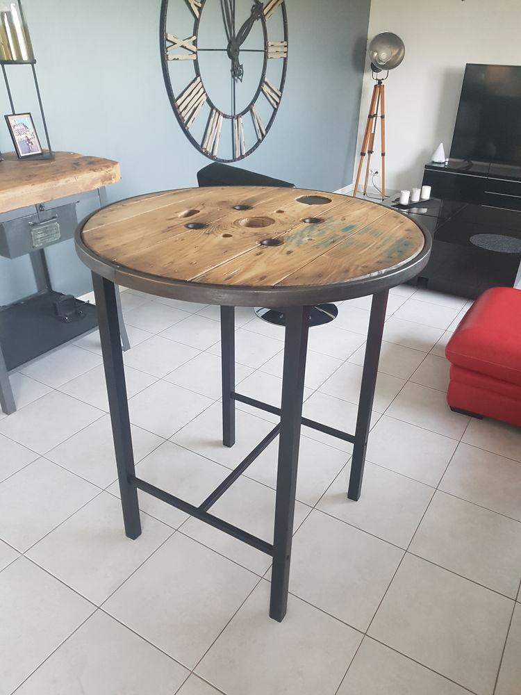 Table haute ou mange debout style industriel  150 Lestrem (62)