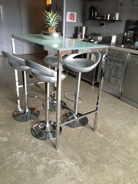 Achetez table haute plateau occasion, annonce vente à Tourcoing ...