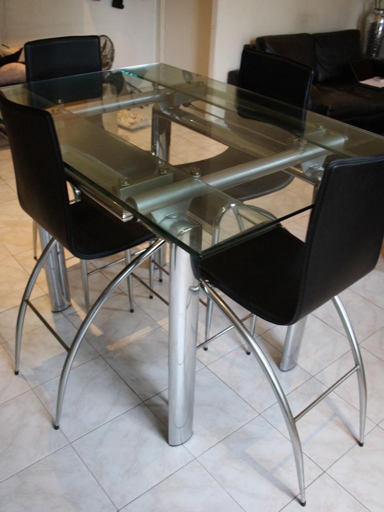 Table haute de salle à manger en verre et ses 4 chaises 0 Nice (06)