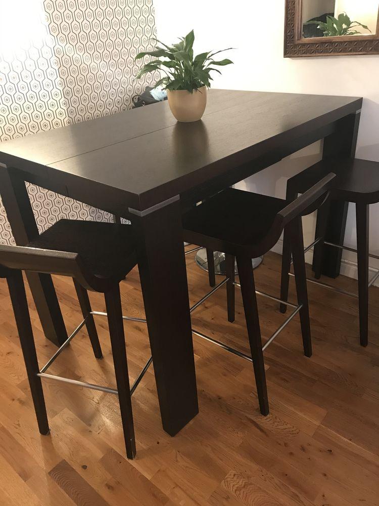 Table haute de salle à manger Gautier  550 Villevaudé (77)