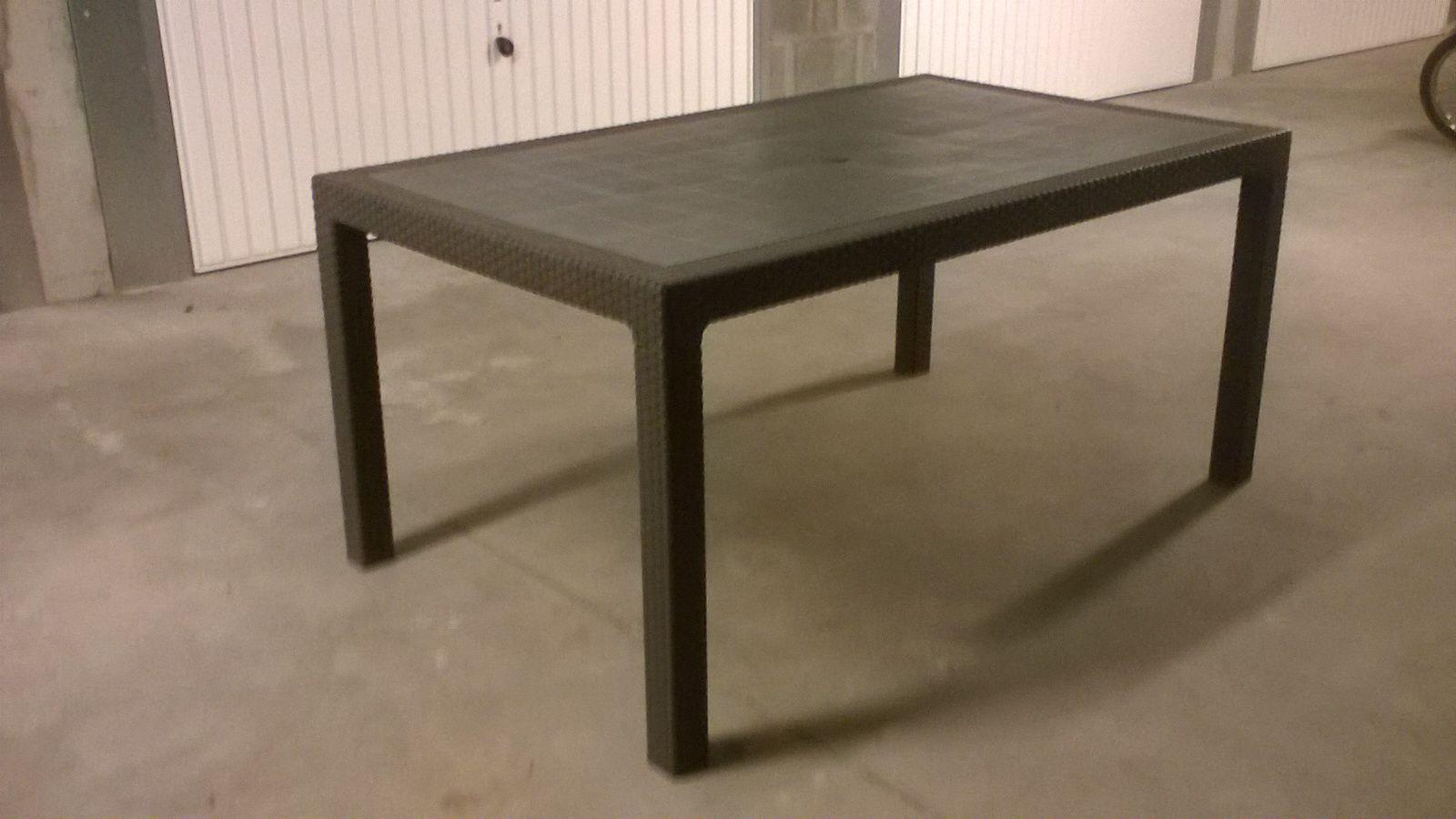 TABLE HAUTE DE SALON DE JARDIN