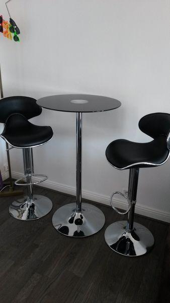 latest table haute en verre noir et tabourets de bar meubles with table bar en verre - Ikea Mange Debout1539