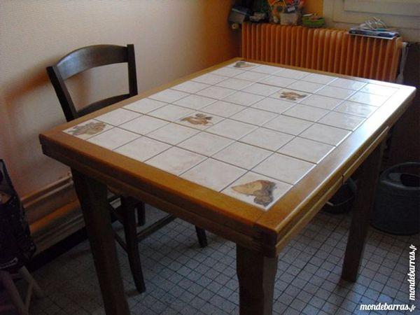 Achetez table hêtre massif occasion, annonce vente à Saint-Amant ...