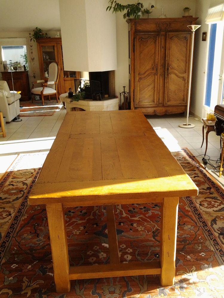 tables h tre occasion en bretagne annonces achat et vente de tables h tre paruvendu mondebarras. Black Bedroom Furniture Sets. Home Design Ideas