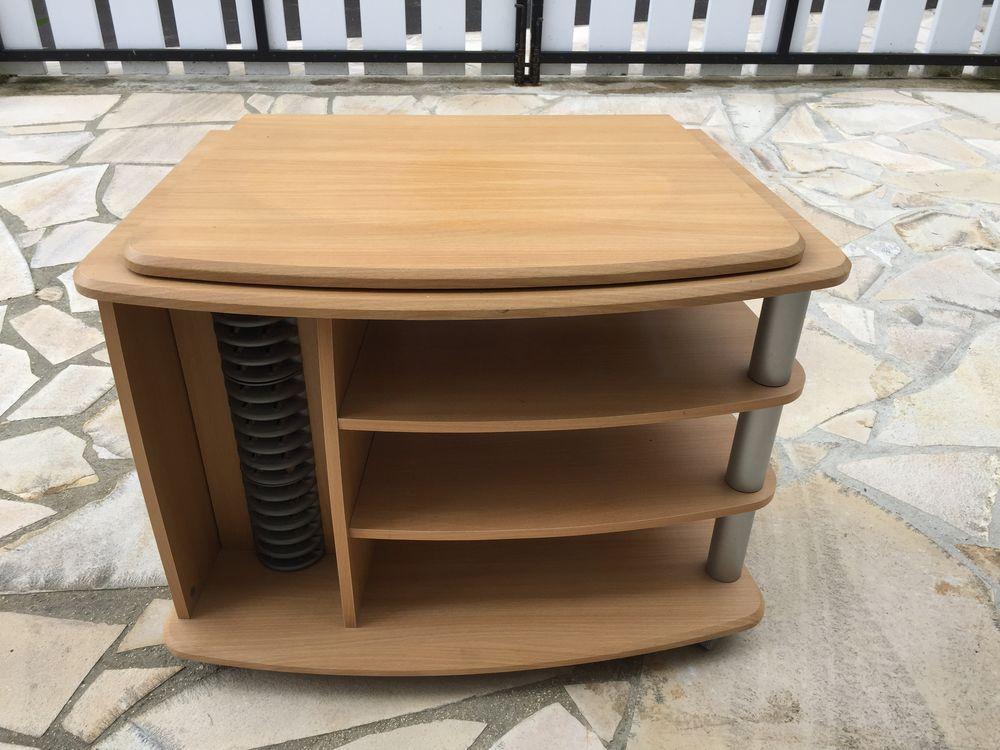 table TV en hêtre  30 Chelles (77)