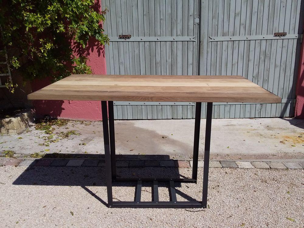 1 table industrielle 3 chênes 215 Le Thor (84)