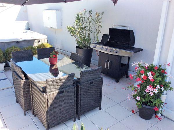 table de jardin et barbecue 500 Bordeaux (33)