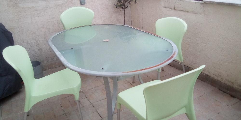 TABLE DE JARDIN + 4 CHAISES 25 Jardin (38)