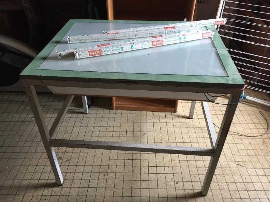 Achetez Table Lumineuse Occasion Annonce Vente à Plouezoch 29