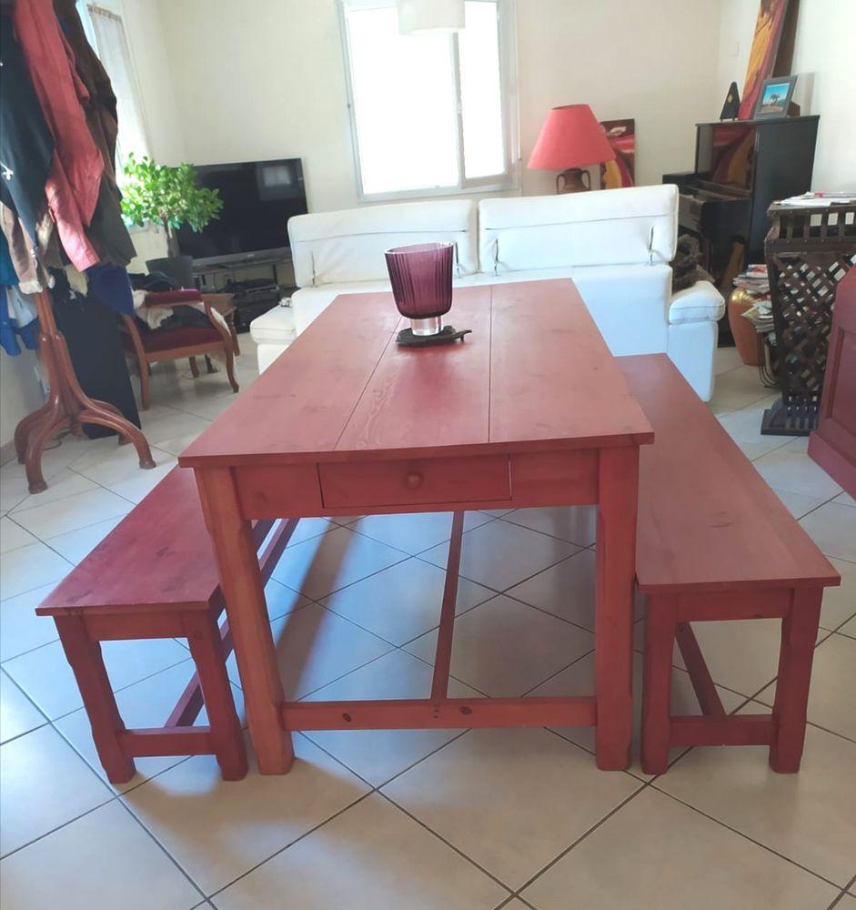 Table a manger 180x85 + 2 bancs 220 Chars (95)