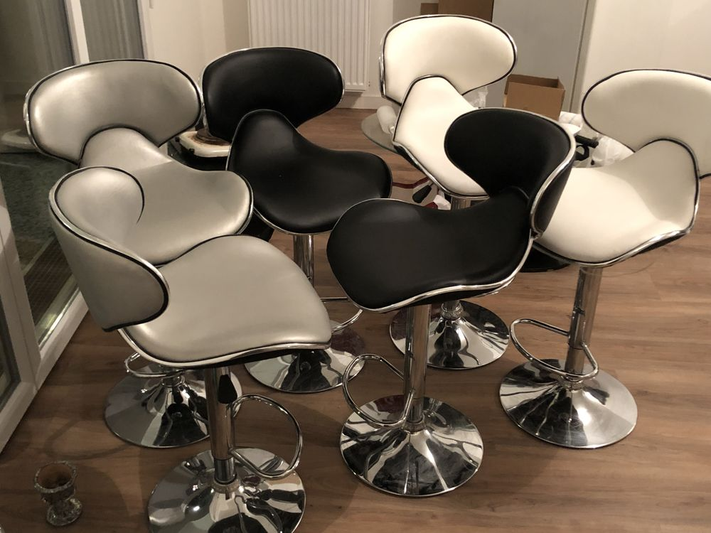 table a manger avec 6 chaises 650 Thiais (94)