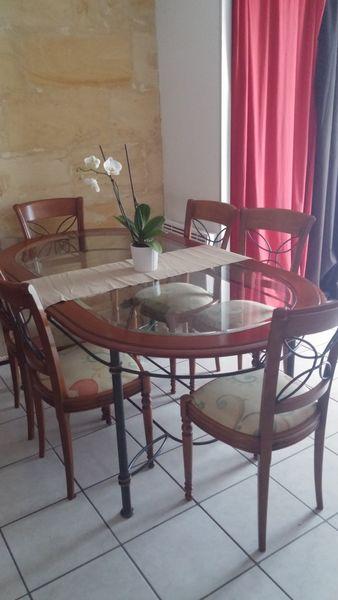 Table à manger en bois, verre et fer forgé avec 6 chaises 600 Arveyres (33)