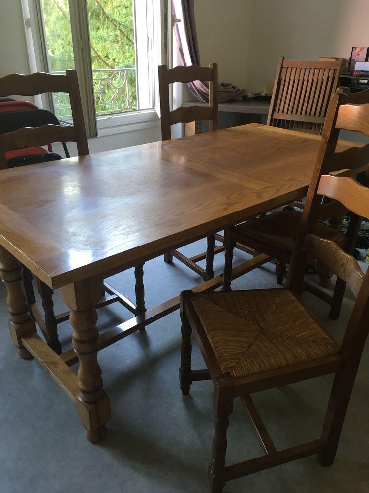 Table à manger en bois 20 Montreuil (93)