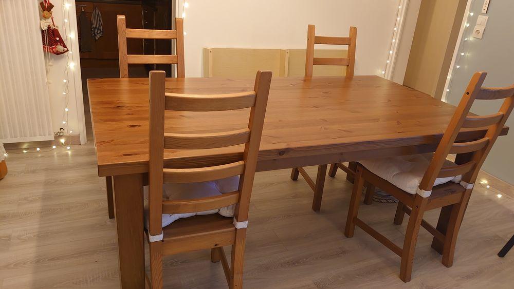 Table à manger bois 180x100 + 4 chaises 250€ 250 Émerainville (77)