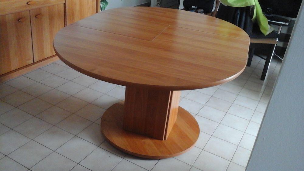 Table à manger en bois  avec ses 2 rallonges et ses 4 chaise 100 Sainte-Clotilde (97)