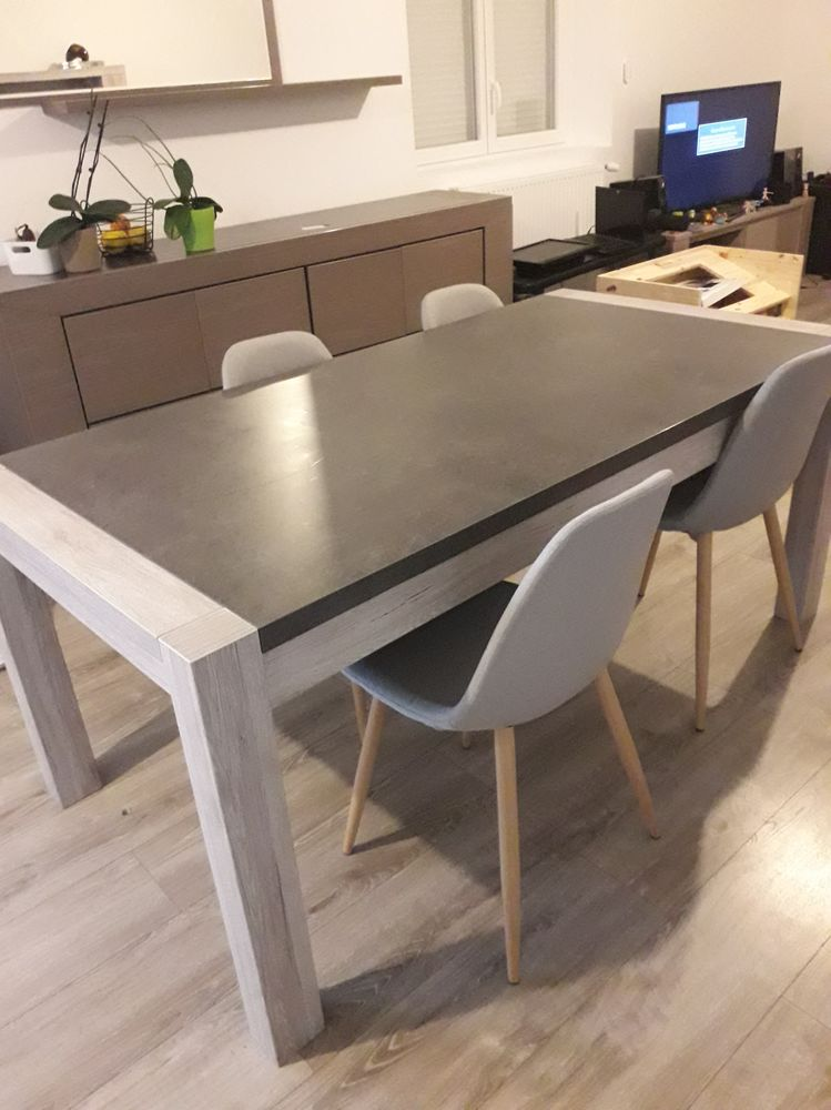 Table à manger + 4 chaises 280 Voiron (38)