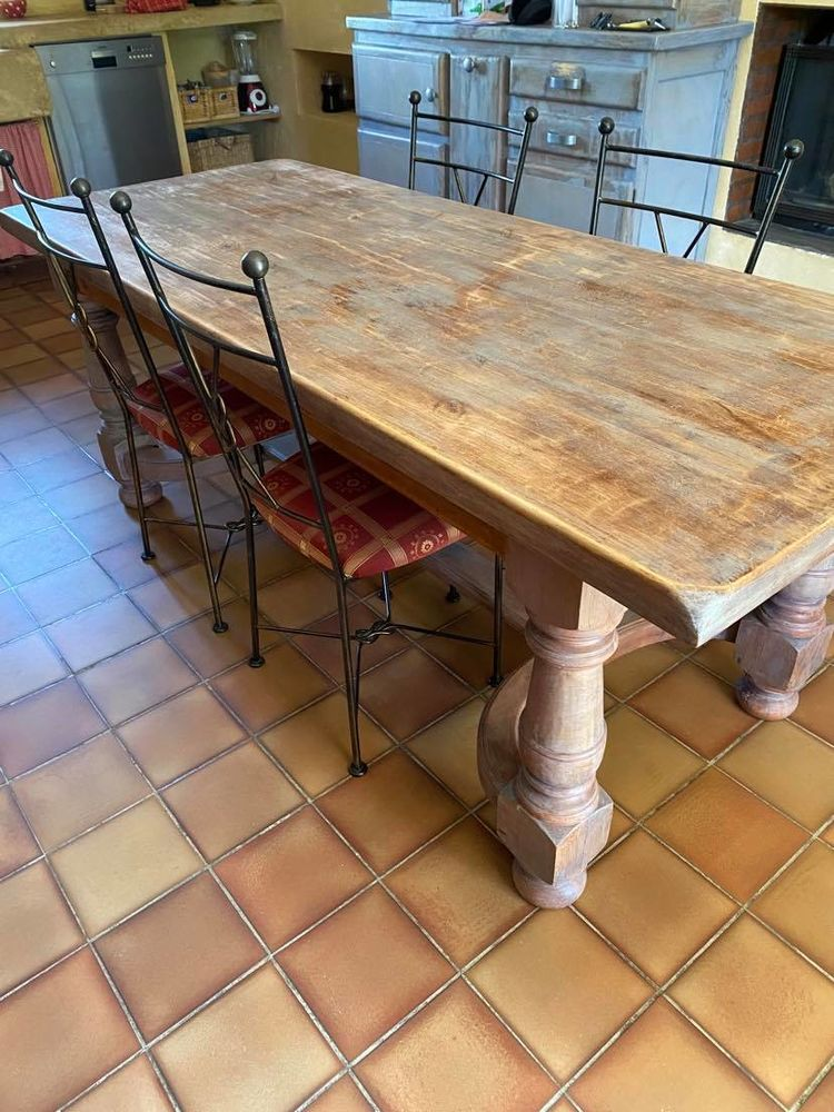 Table à manger + chaises + banc  350 Marcollin (38)