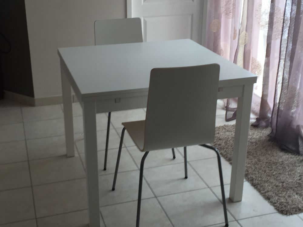 Table à manger extensible + 2 chaises IKEA 100 Lagord (17)