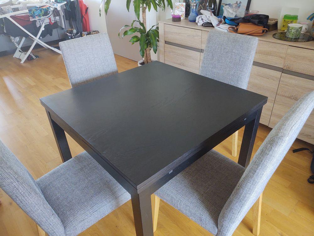 Table a manger (90*90) extensible (170*90) 120 Toulon (83)