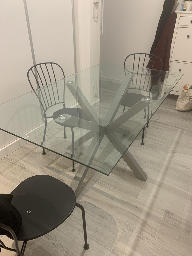 Table à manger 4/6 personnes avec plateau en verre. 150 Orsay (91)
