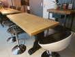 Table à manger style monastère relookée design industriel.
