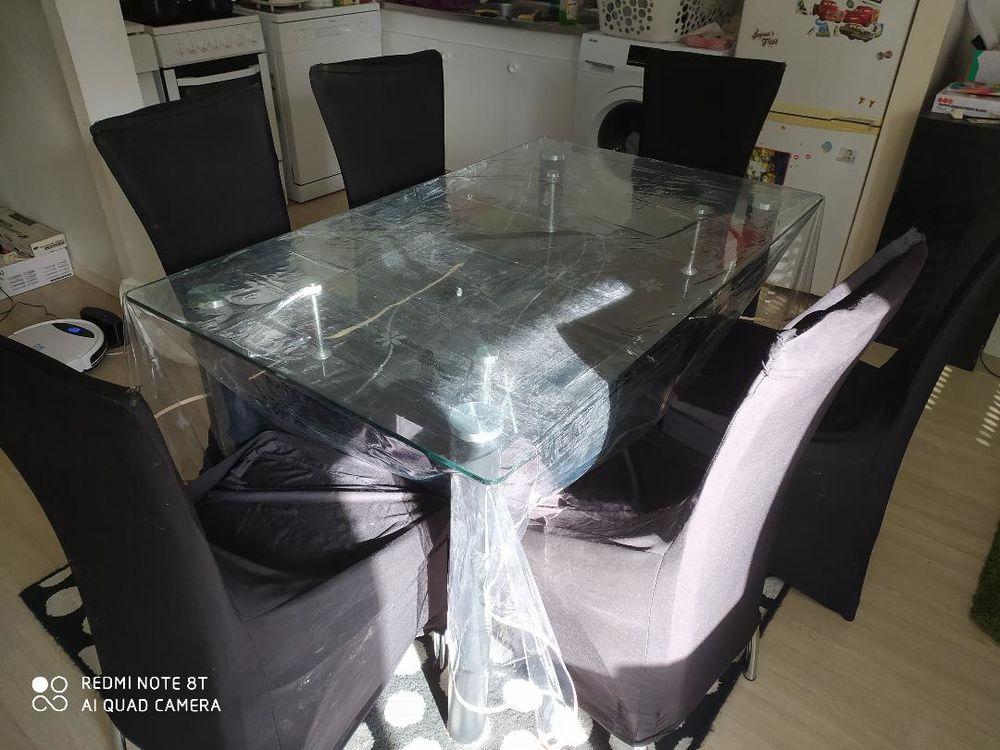 Table à manger en verre et 6 chaises 0 Nantes (44)