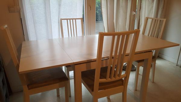 Table a manger 150 Argenteuil (95)