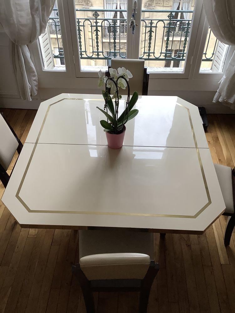 Table à manger 350 Paris 12 (75)