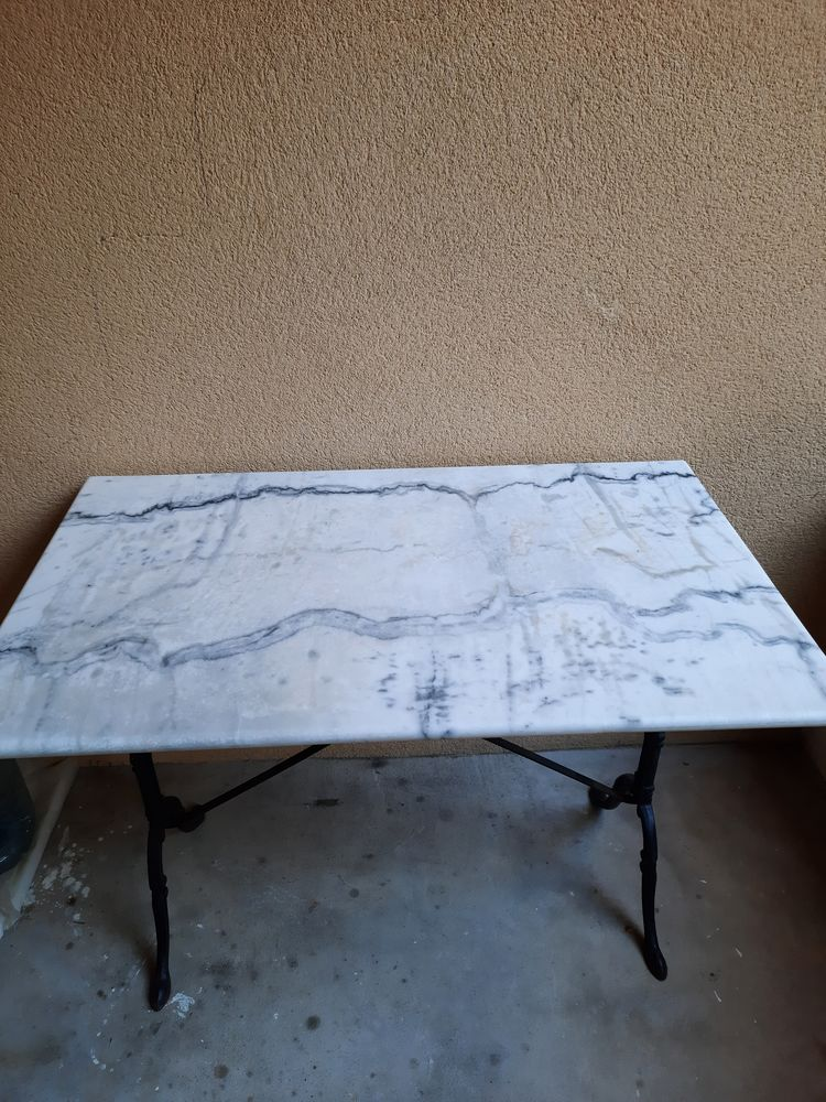 Table en marbre blanc de Carrare 150 Mont-de-Marsan (40)