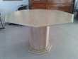 Table en marbre clair Meubles