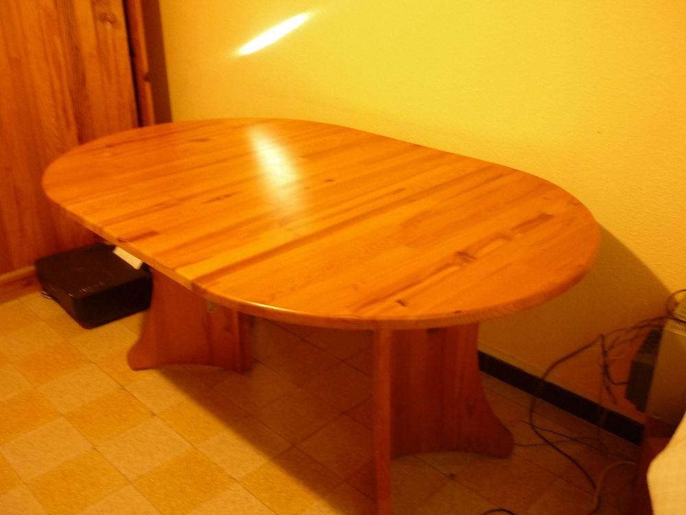 table en pin massive  50 Toulon (83)