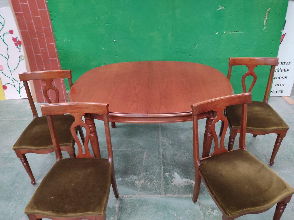 TABLE EN MERISIER AVEC 4 CHAISES 0 Ozoir-la-Ferrière (77)