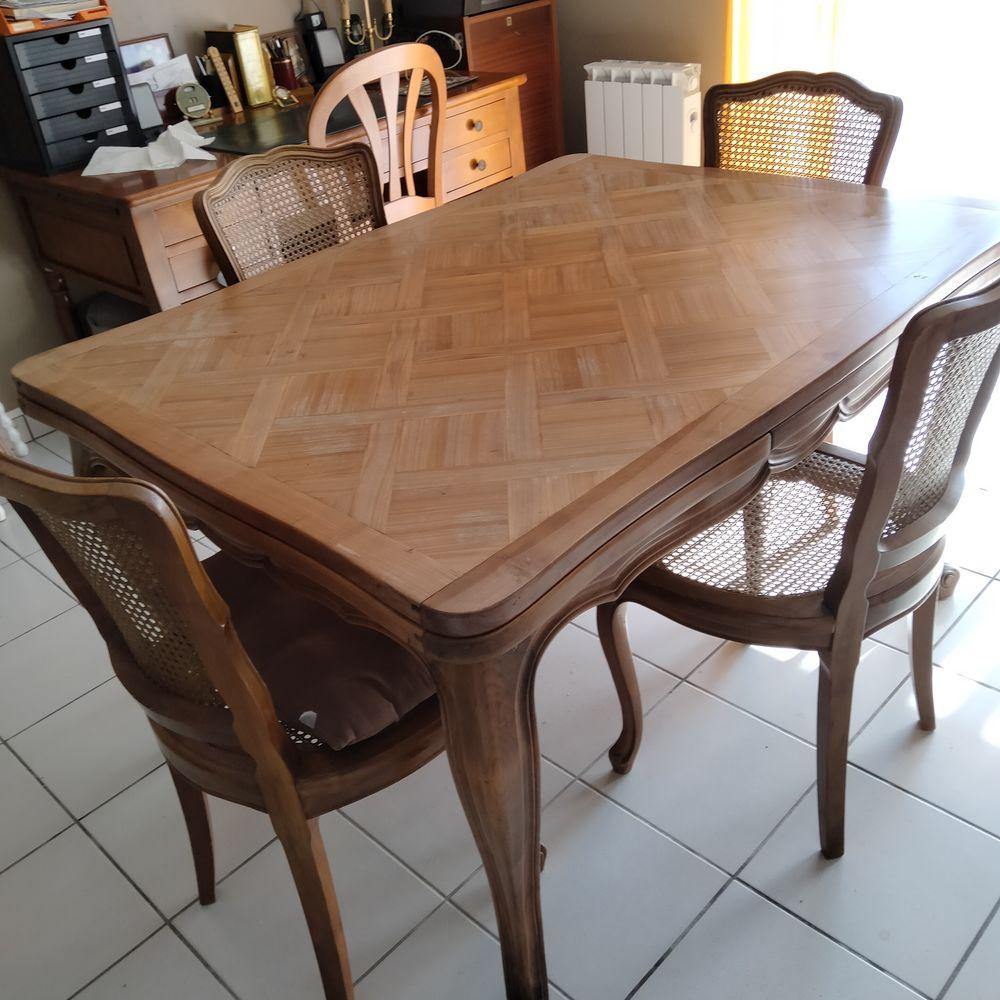 table merisier  et 4 chaises 0 Saint-Paul-lès-Dax (40)