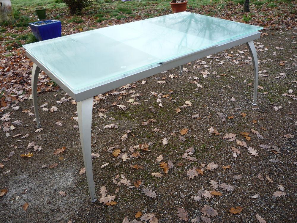 Table moderniste dessus verre (G) 165 Castres (81)