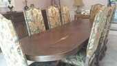 Table monastère avec 8 chaises 1640 Rognes (13)