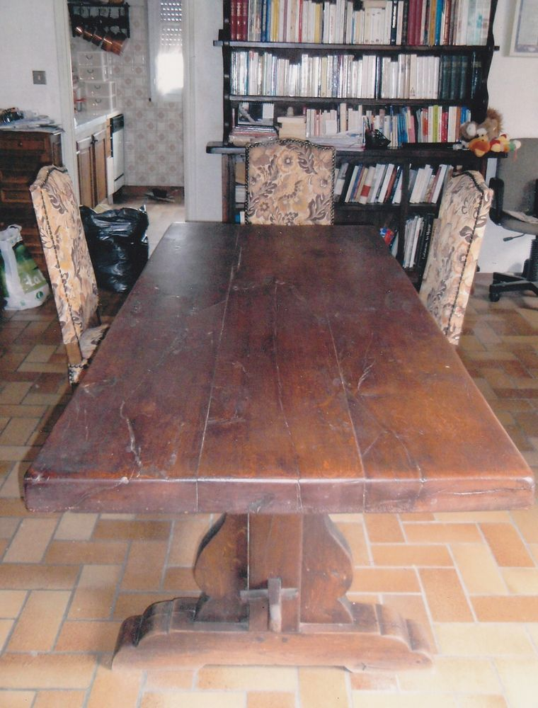 TABLE MONASTERE + 6 CHAISES + 1 BUFFET ANCIEN  350 Toulouse (31)