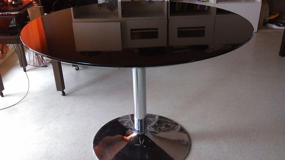 Table noire ronde 40 Bordeaux (33)