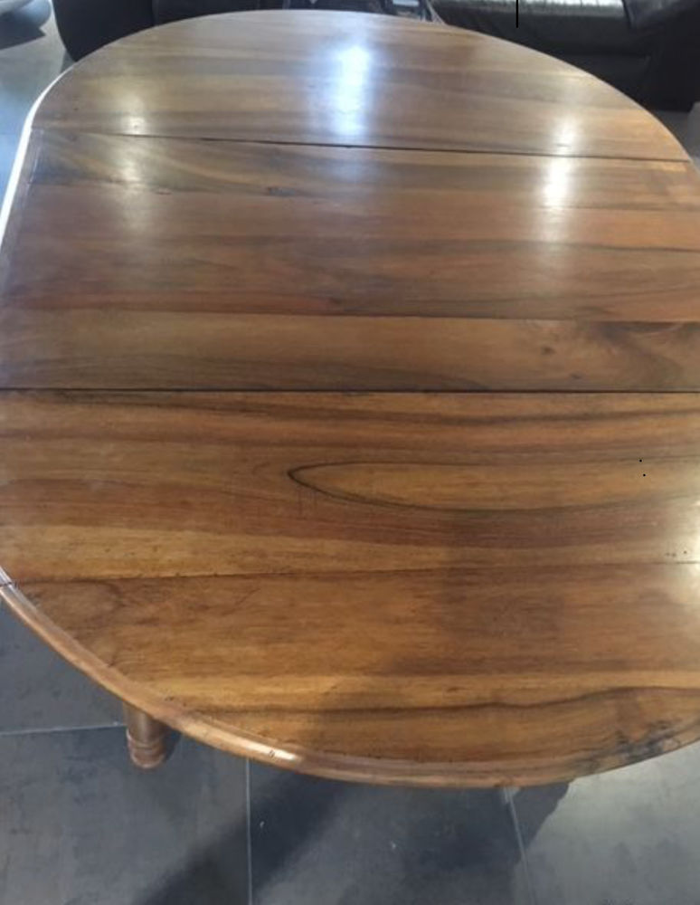 table noyer 6 pieds avec roulettes  1200 Clermont-Ferrand (63)