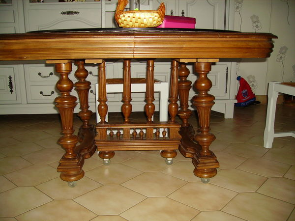 table noyer 100 Pont-en-Royans (38)