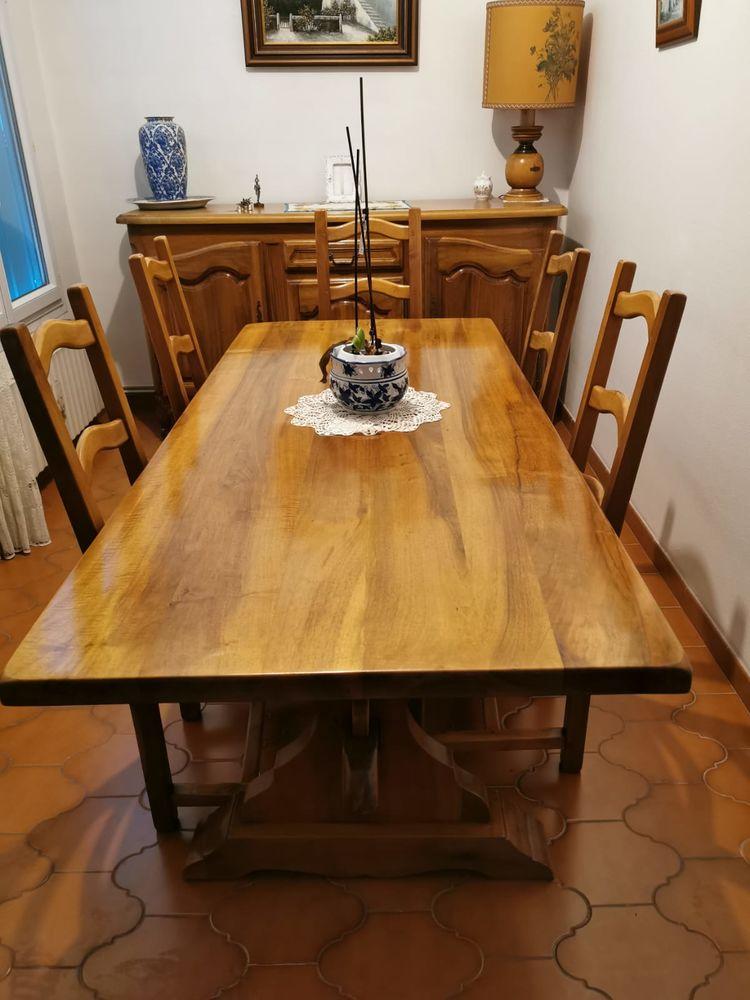 table noyer 200 Saint-Zacharie (83)