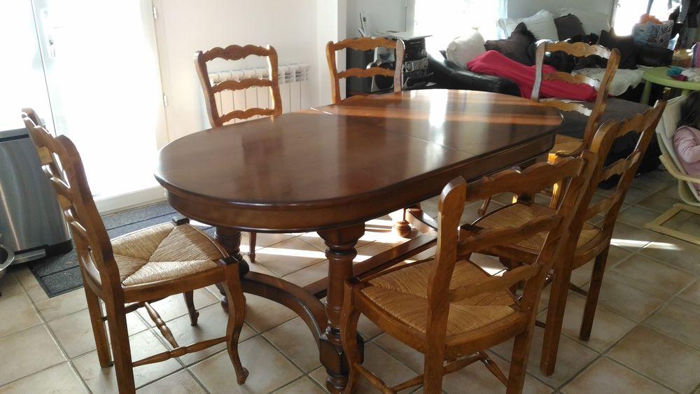 Table en Orme +6 chaises. 150 Tavel (30)