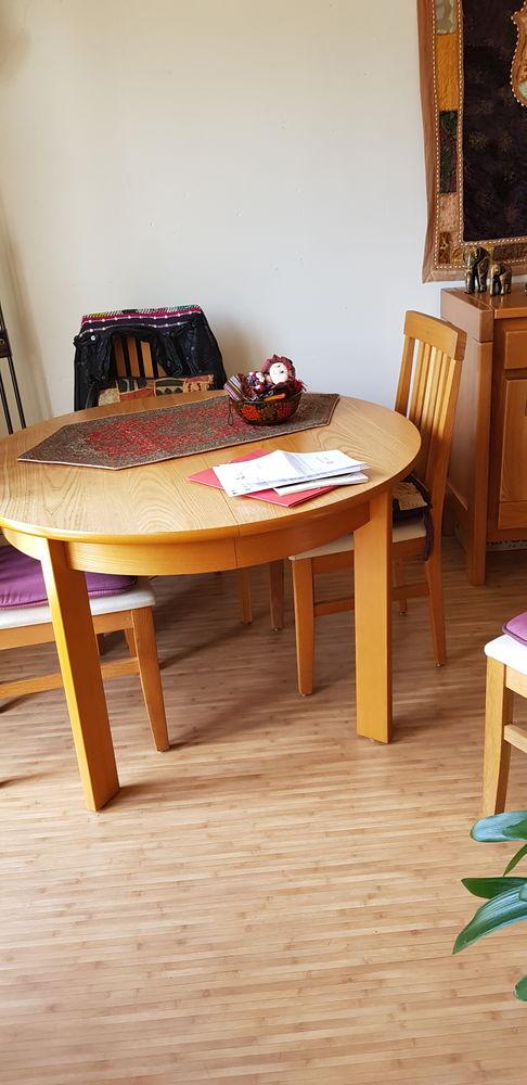 Table en orme et 4 chaises 200 Antony (92)